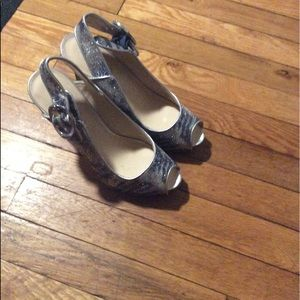 Guess stiletto blue and silver